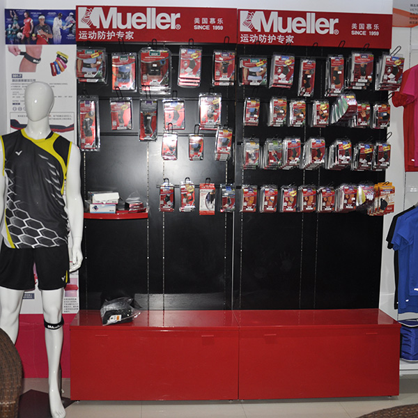 floor sportwear display stand